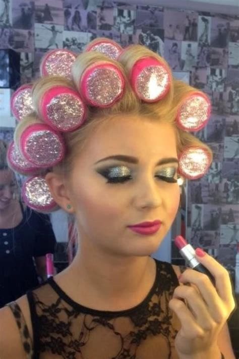 sisyin hairrollers sissy boy in hair rollers 107 best images about