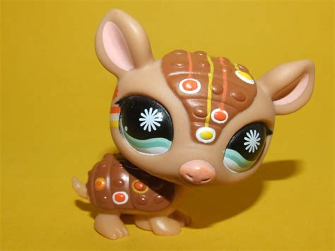 Armadillo Pet Pet Pet Product by Littlest Pet Shop Lps Hasbro Postcard Pet Armadillo