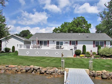 michigan waterfront property in coldwater hillsdale