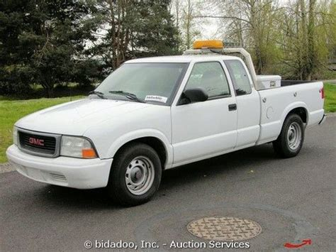 how make cars 2002 gmc sonoma electronic valve timing sell used 2002 gmc sonoma ext cab pickup truck 4 3l v6 4 spd automatic a c bidadoo in kent