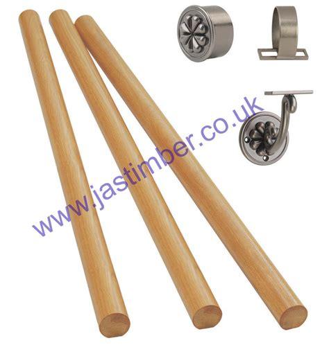 Richard Burbidge Handrails oak wall mounted handrail kit07