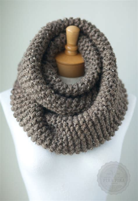 chunky knit scarf in taupe tweed knit infinity by