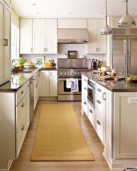backsplash for ivory kitchen cabinets ivory kitchen cabinets white subway tile backsplash black granite countertops kitchen