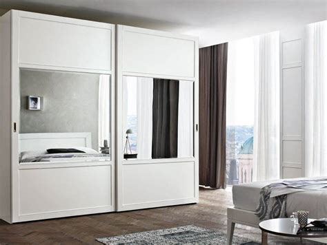 foto armario lacado blanco  espejo de puertas jemofer  habitissimo