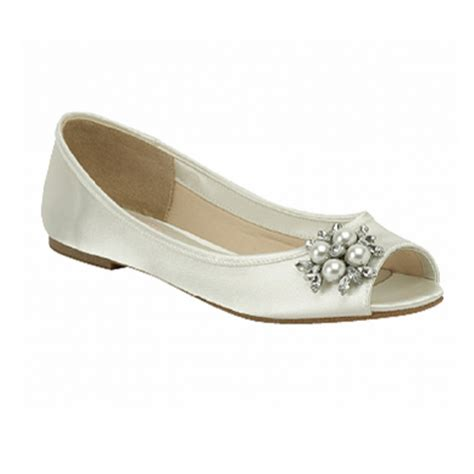 flat wedding shoes bridal flat shoes www imgkid the image kid has it