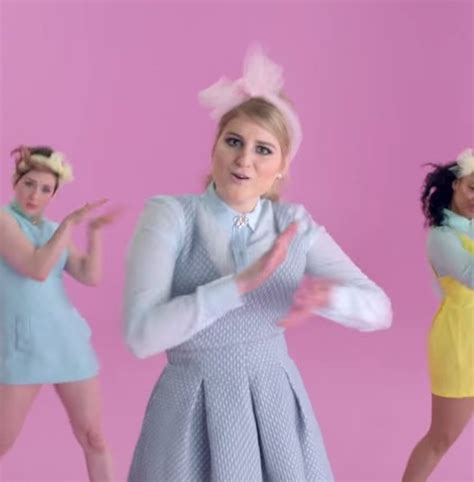 all about that bass meghan trainor meghan trainor performs quot all about that bass quot on quot tonight
