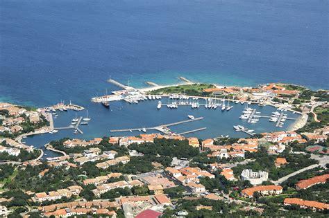 sardegna porto rotondo porto rotondo harbor in porto rotondo sardinia italy