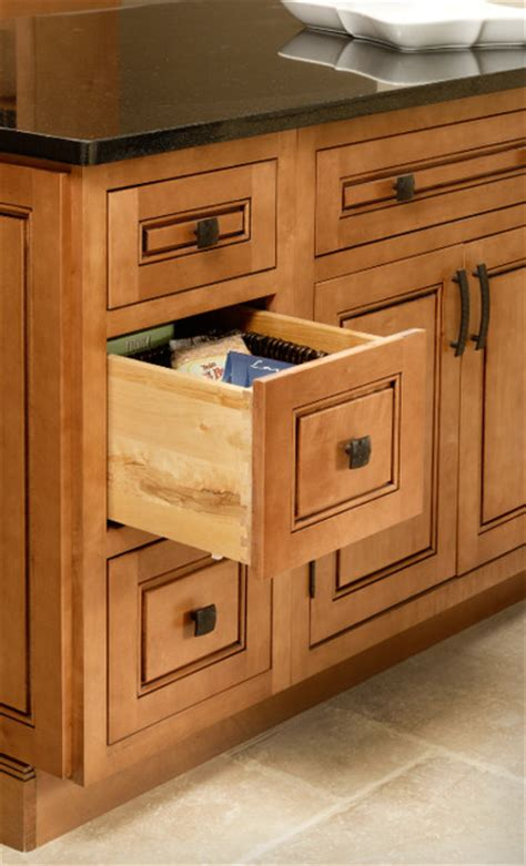 Kitchen Cupboards And Drawers by Drawer Base Cabinet Cliqstudios Traditional
