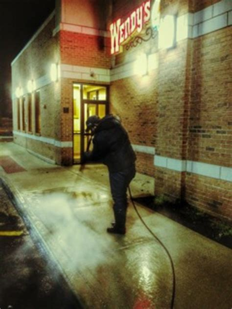 Chicago Sidewalk Cleaning   Pressure Washing   Ace of