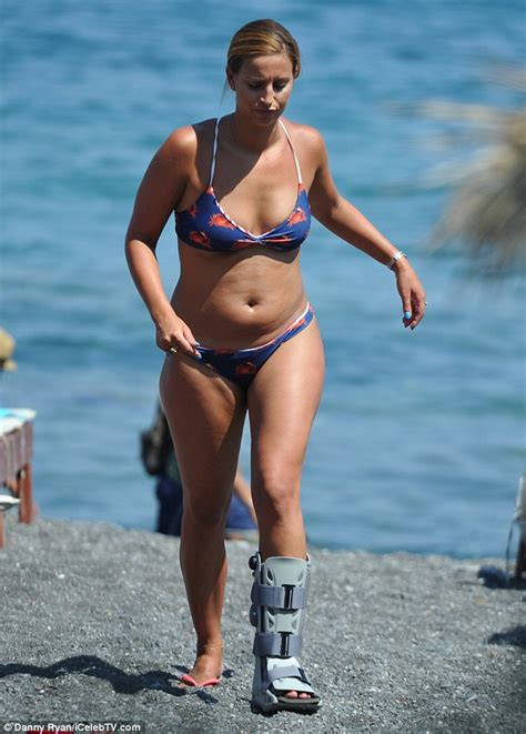 does vivical always cause weight gain wow ferne mccann looks incredible in sun kissed bikini