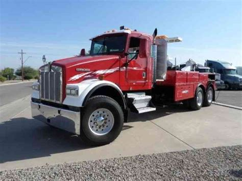 kenworth heavy trucks kenworth heavy specs tow truck 2000 wreckers