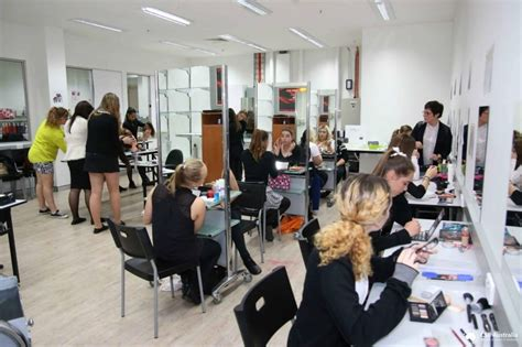 beautician cosmetology colleges and schools brisbane school of beauty bsb schools in australia