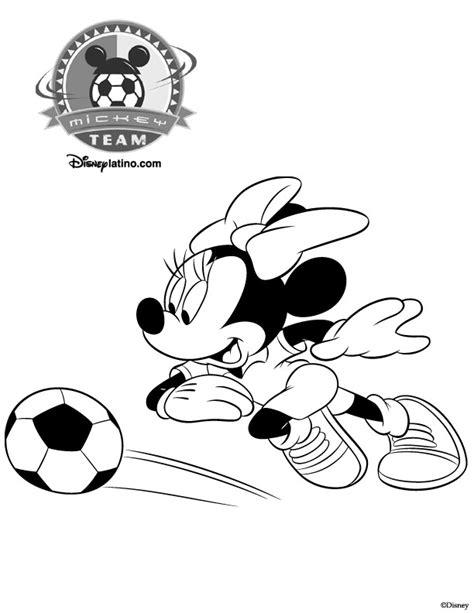 Coloriage Minnie joueur de Foot Disney dessin gratuit à