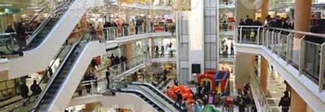 centro commerciale la porta di roma ladro seriale di videogame arrestato a porta di roma il