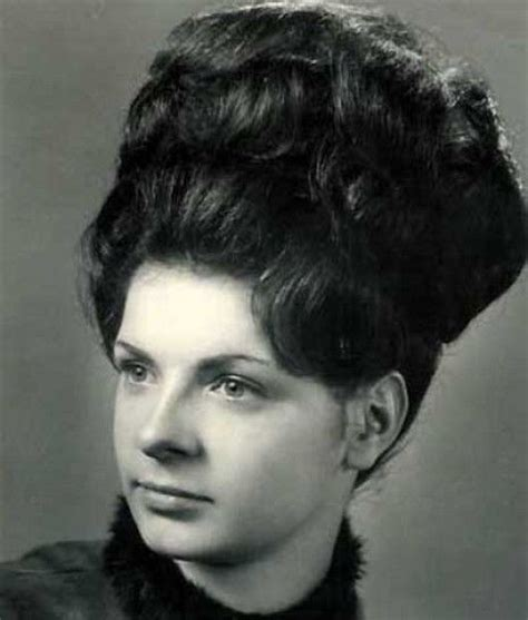 1960 bubble hairstyle coiffures the bubble and kitsch on pinterest