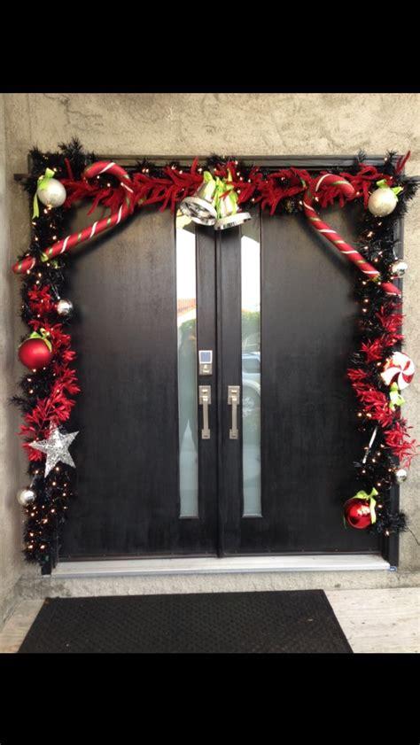 christmas garland  front door  holidays pinterest