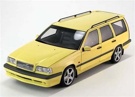Volvo 850 Estate 1996 White 1 43 Minichs 430171412 New 1 18 autoart volvo 850 t 5r estate 1995 lightyellow pj modelcars