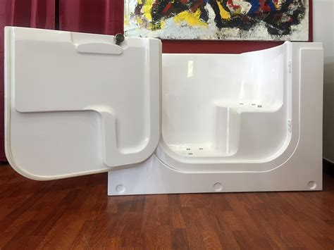 vasca da bagno anziani vasche con sportello per disabili e anziani omdcomunicazione