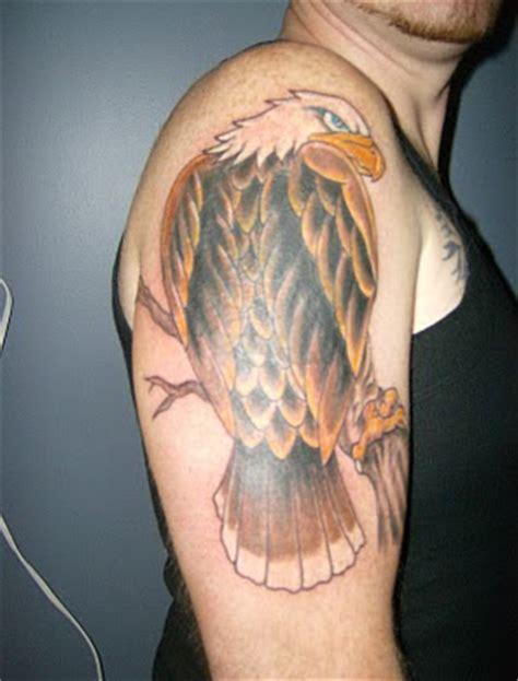 eagle tattoo in hand tattoo art meanings eagle tattoo design on male hand
