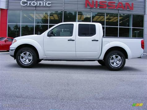 2009 Avalanche White Nissan Frontier Se Crew Cab 13892118