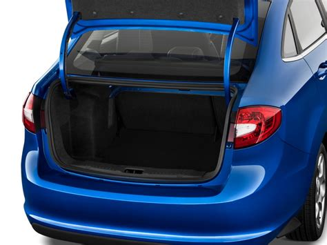 image  ford fiesta  door sedan sel trunk size    type gif posted