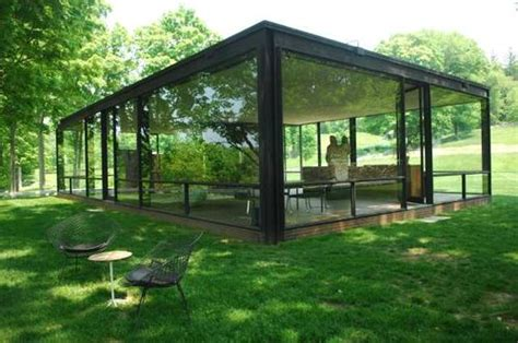 glass house ct monster mash philip johnson s glass house needs repairs fisk u students protest