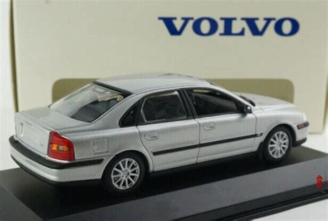 Kemeja Volvo Blue White Diskon silver light blue 1 43 scale diecast volvo s80 model