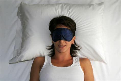 wie lange muss schlafen gesunder schlaf tipps wie diesen zur 252 ckbringt