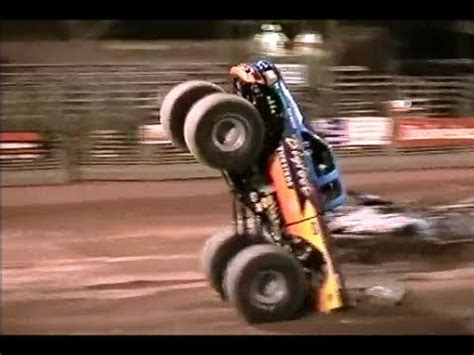 bigfoot monster truck videos youtube bigfoot monster truck freestyle competition youtube