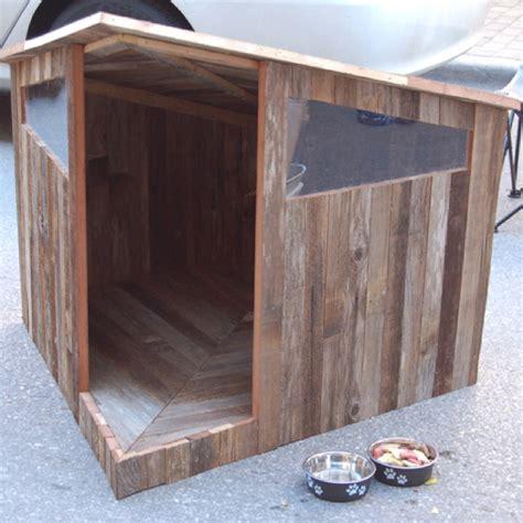 corner dog house dog house with door on corner dog enclosures pinterest pallet wood dog houses