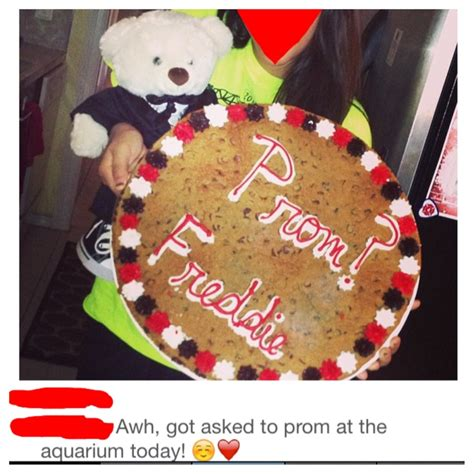 10 Ways To Get A Prom Date by Way To Ask Someone To Prom Cookie Cake And A Prom