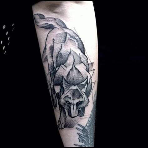 25 amazing geometric amp dotwork wolf tattoos tattooblend