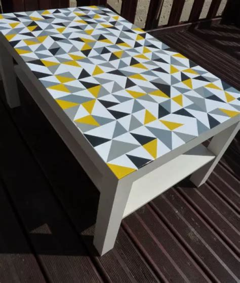 customiser une table basse ikea