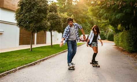 how to your to ride a skateboard how to ride a skateboard