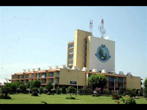 Mba In Islamic Kashmir by Of Kashmir Offers Master S Programmes Admission