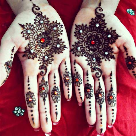 design henna putih pelbagai corak henna violet
