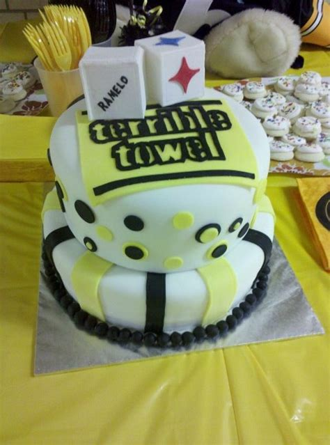 Steelers Baby Shower Ideas by 28 Best Cake Inspiration Snake Cakes Images On
