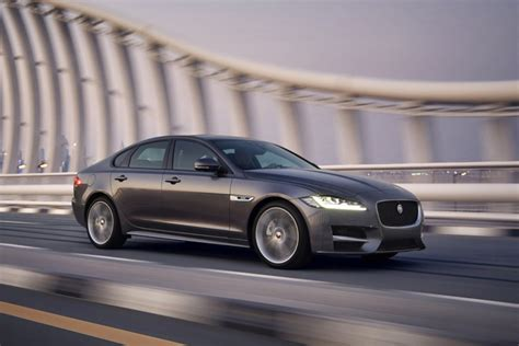 Jaguar Auto India by 2016 Jaguar Xf India Launch Likely This Month Gaadiwaadi