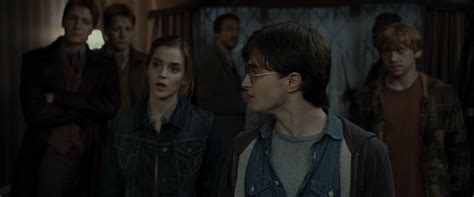 hermione granger in the 1st movoe harry potter and the deathly hallows part i harry and