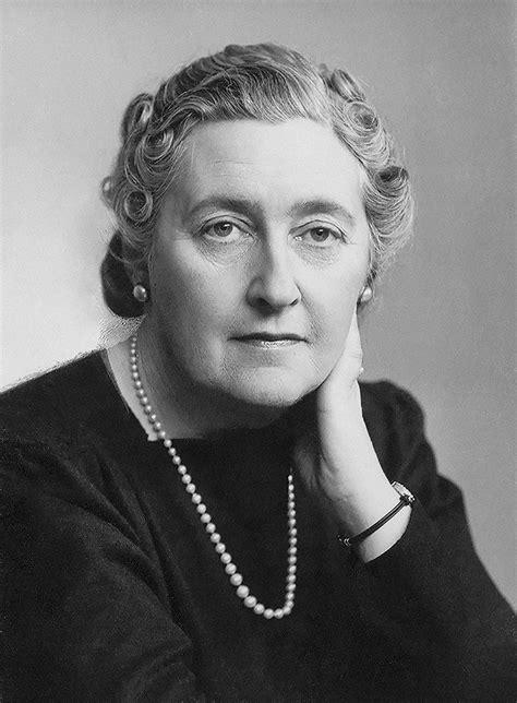 Agatha Christie - Biografia da escritora inglesa - InfoEscola