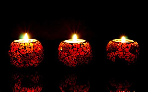beautiful candles beautiful candle lights in dark background hd wallpapers