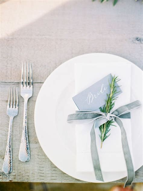 place settings 25 best ideas about wedding place settings on