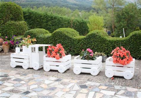fioriere in legno fai da te ecco cosa puoi realizzare con il fai da te legno in giardino