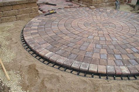 Circular Patio Pavers 25 Best Ideas About Circular Patio On Pit Patio And Pit Patio Set