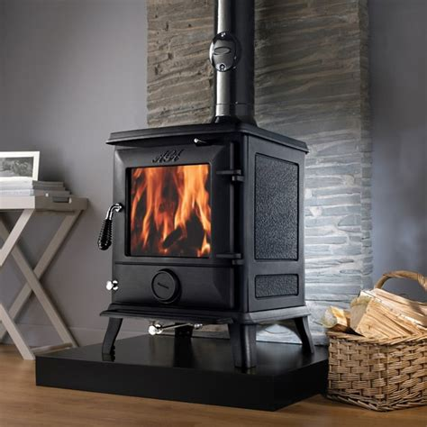 Best Wood Burning Fireplaces by Top 5 Wood Burning Stoves For Kitchens With Solid