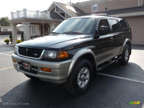 mitsubishi montero sport 1997 1997 mitsubishi montero sport information and photos