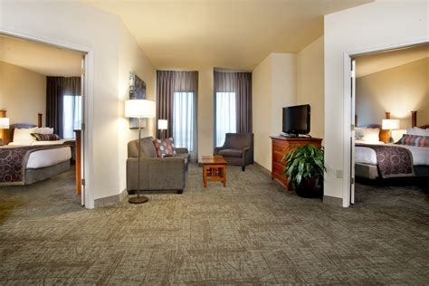 hotel suites with 2 bedrooms home staybridge suites new orleans