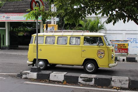 volkswagen bus side vintage volkswagen pictures from around the world