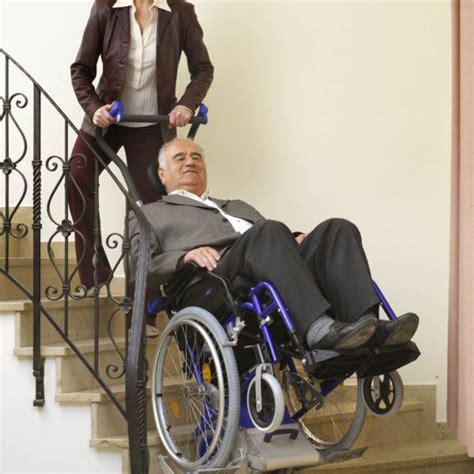 fauteuil roulant monte escalier 4378 monte escalier manuel pour fauteuil roulant solah alsace