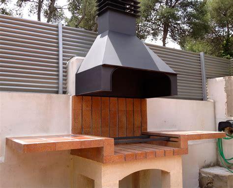 patio interior ladrillo asadores de ladrillo con chimenea buscar con google